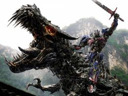 Optimus Prime on Dinobot 210