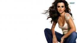 Penelope Cruz wallpaper 1366x768 914