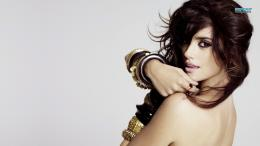 Penelope Cruz wallpaper 1366x768 1162