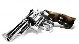 Smith Wesson Shining Revolver Hd Wallpaper Download Wallpapers Picture 1371
