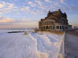 Download wallpaper Constanta Casino at winter, Romania: 1734