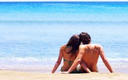 Romantic Couple on Beach for Summer Romance 720