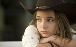 Sad little girl best hd desktop wallpaper free download girls photos 1904