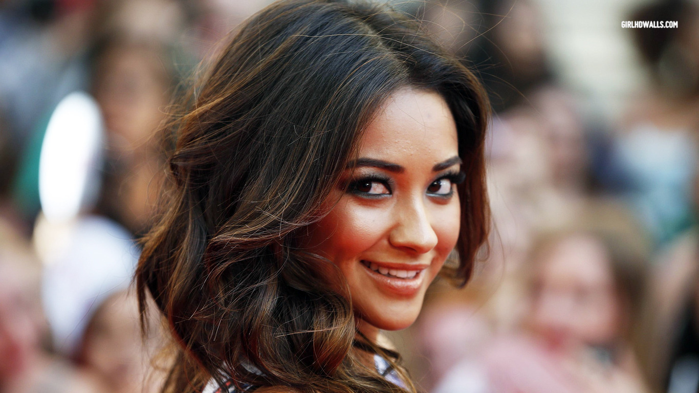 shay mitchell hd wallpapers shay mitchell hd wallpapers shay mitchell 815