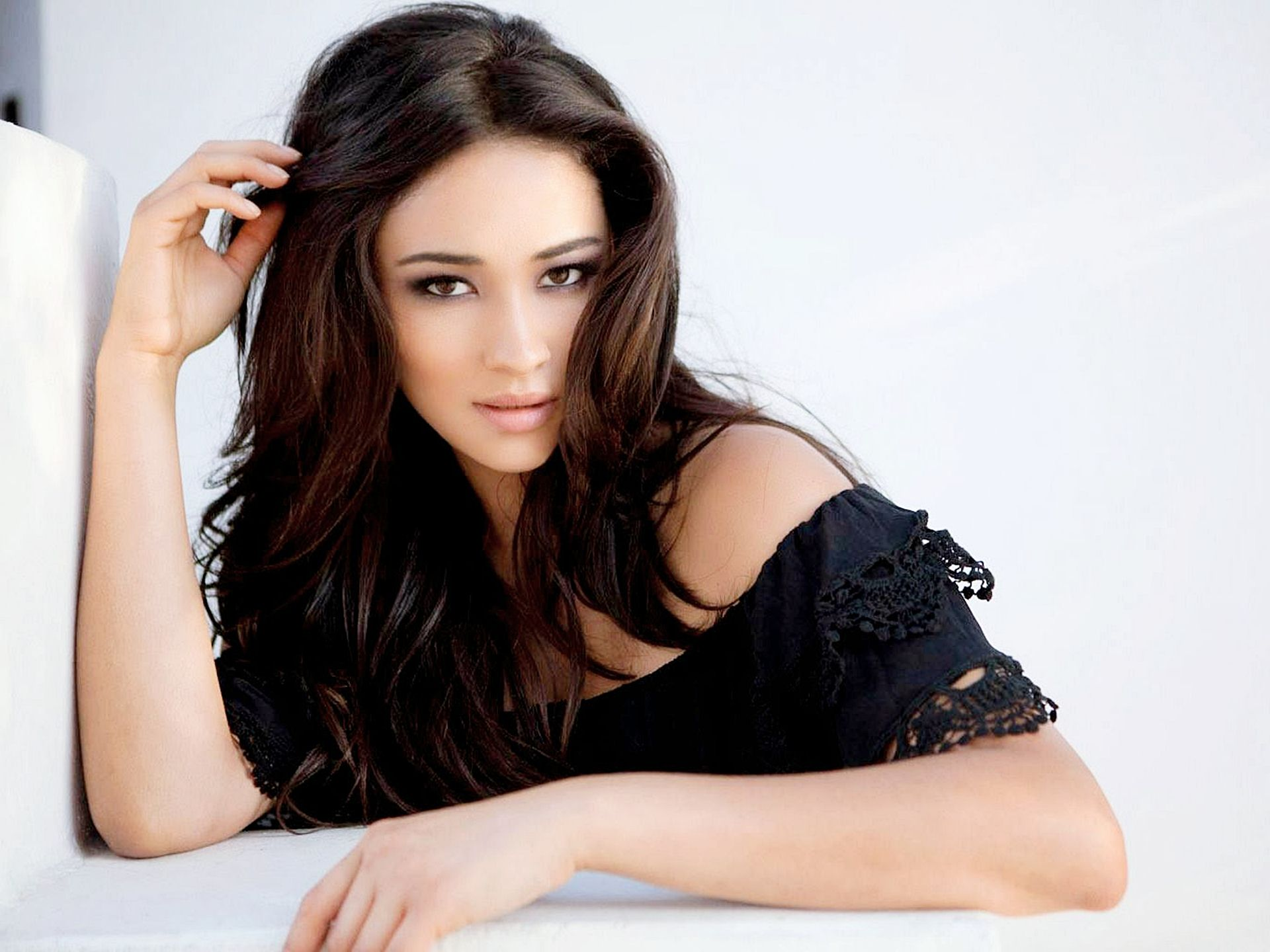 shay mitchell hd wallpapers 633