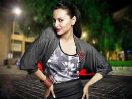 Sonakshi Sinha Hot hd Wallpaper 13 1872