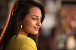 Download the Sonakshi Sinha Bollywood Actress HD Wallpapers Collection 1858