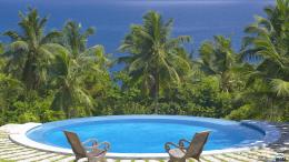 Download wallpaper Swimming pool on the Indian Ocean, Seychelles: 1230
