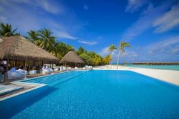 swimming pool wallpaper tags maldives ocean swimming pool added on sat 1377