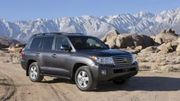 2013 Toyota Land Cruiser HD Wallpaper 3 339