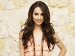 Troian Bellisario Images, Pictures, Photos, HD Wallpapers 1512