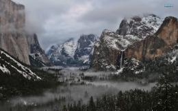 Yosemite National Park wallpaper 1680x1050 1139