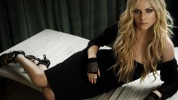 Avril Lavigne Hot HD Wallpaper 1873