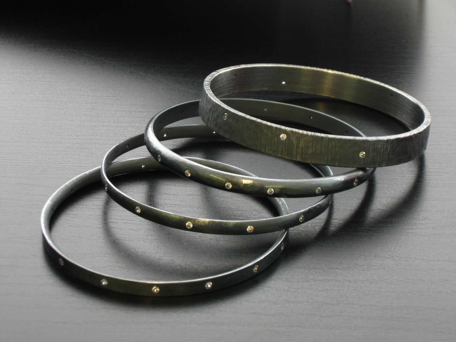 Bangle Jewelry HD Wallpapers and Images 714
