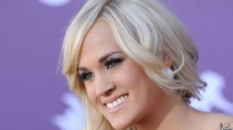 Carrie Underwood Face Closeup Side Pose Smiling 711