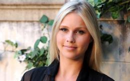 Claire Holt HD Wallpapers 902