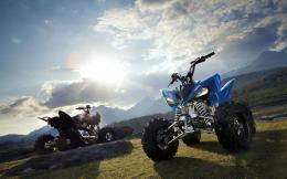 Download this Quad Bike Desktop Wallpaper in High Resolution 408