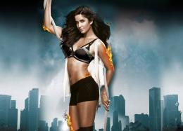 dhoom 3 katrina kaif wallpaper 2013 dhoom 3 katrina kaif wallpaper 1532