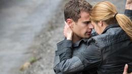 divergent 2014 movie hd wallpaper theo james as four and shailene 1643