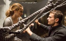 divergent 2014 movie beatrice \'tris\' priorshailene woodley and four 880