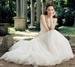 Full View and Download Emmy Rossum Wedding Dress Wallpaper with 1075