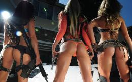 Hot Girls With Guns 1337