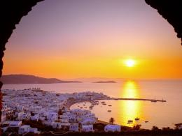 The Cyclades Islands at Sundown Greece 1600 x 1200 Picture 1914