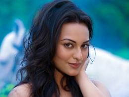 Latest Sonakshi Sinha WallpapersHot and Cool Wallpapers 1284