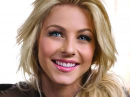 Julianne Hough Desktop Wallpapers 324