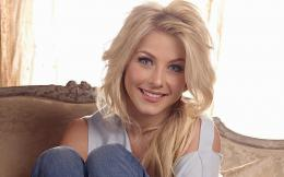 Julianne Hough wallpapers 562