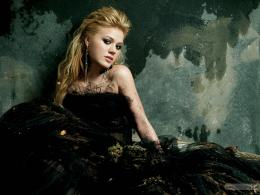 Kelly Clarkson 2 1897