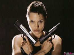 Lara Croft wallpaper size 1600x1200 596