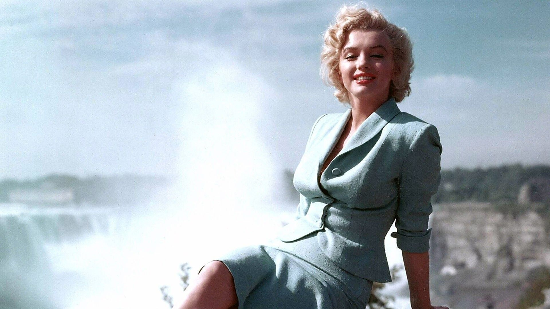 Full View and Download Marilyn Monroe HD Wallpaper with resolution of 1417