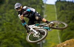 description downhill hd wallpaper mountain biking is wallpapers for 559