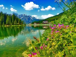 Beautiful Mountain Lake Hd Wallpaper 213