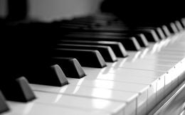 Piano Picture Image Hd Desktop Wallpaper with 2560x1600 Resolution 396