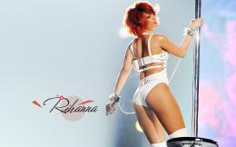 Wallpaper: Rihanna Dancing HD Wallpapers 1804
