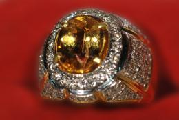 Yellow topaz ring gem jewelry abstract HD Wallpaper 1921