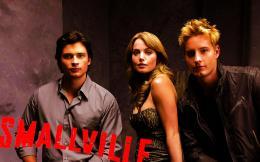 clubs smallville images 31323608 title smallville wallpapers wallpaper 1521