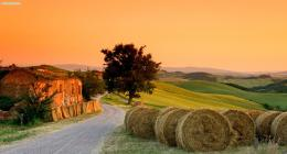 Tuscany Desktop Wallpapers 1492
