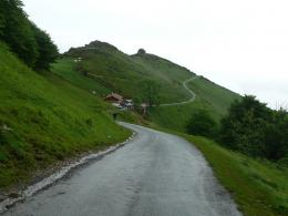 uphill road hd wallpapers eye catching wallpapers of uphill roads 1270