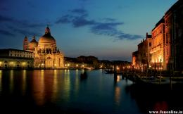 Sparkling Night Nature of Venice Wallpaper 1428