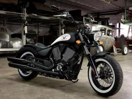 Victory High Ball Bobber American Motorcycle 182