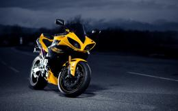 Yamaha R1 Superbike | 1440 x 900 | Download | Close 844