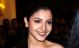 Anushka Sharma Hot Wallpapers 2013 | Anushka Sharma HD Wallpapers 1763