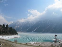 Big Almaty Lake HD Wallpapers 1332
