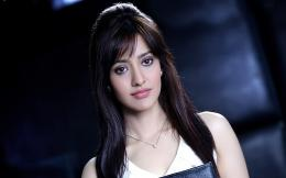 Wallpaper: sweet bollywood actress neha sharma hd wallpaper 865