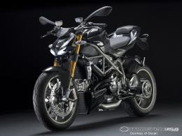 Black Ducati Streetfighter Superbike 511
