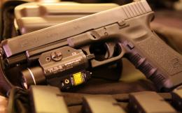 Glock 18 pistol Wallpapers 03 1884