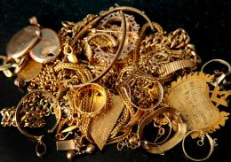 View And Download Gold Jewellery Wallpapers 1325